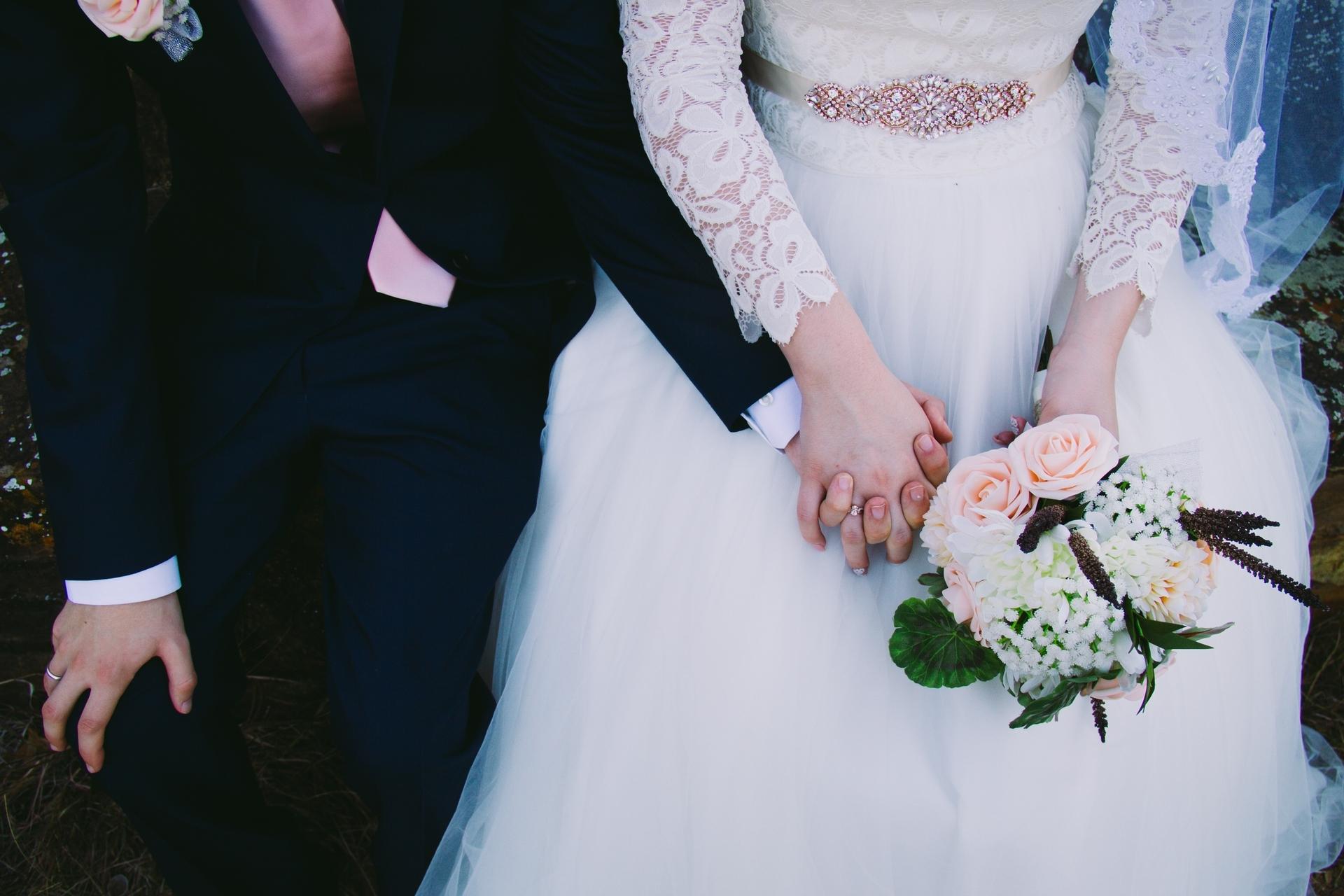 Wedding-Dresses-3755