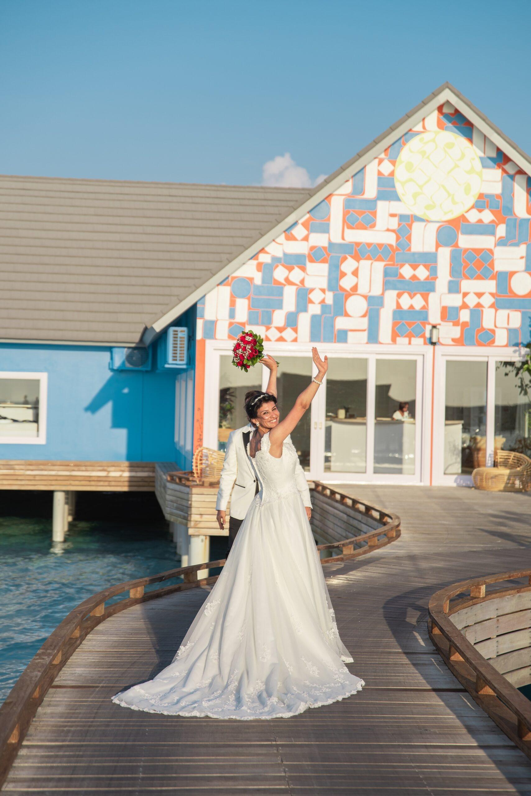 Wedding-Dresses-3825