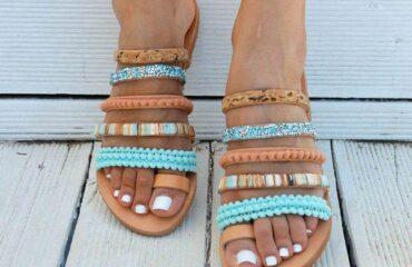 15 Stunning Baby Slippers