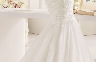 5 Beautiful Bespoke Wedding Dresses