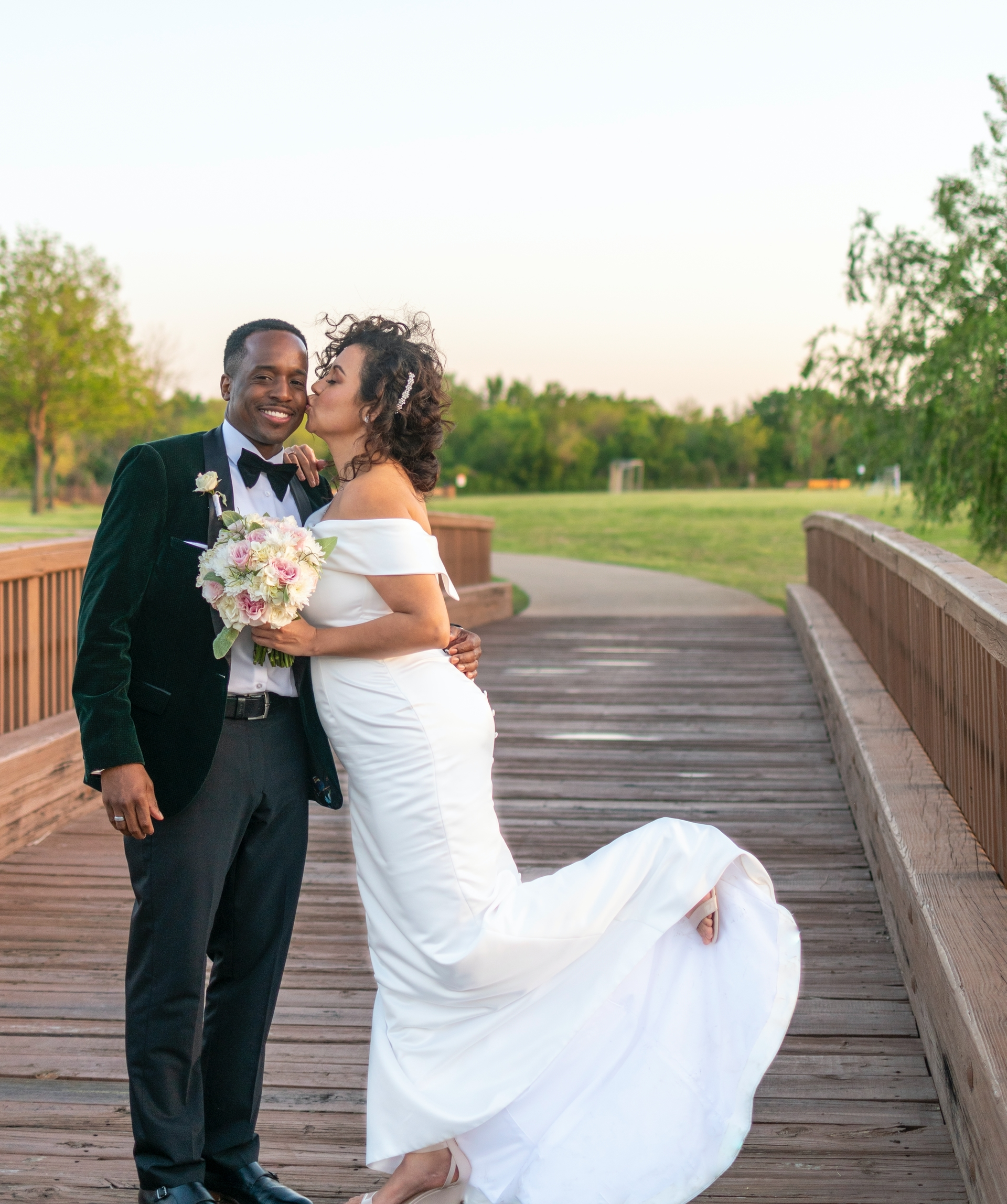 Wedding-Dresses-3811