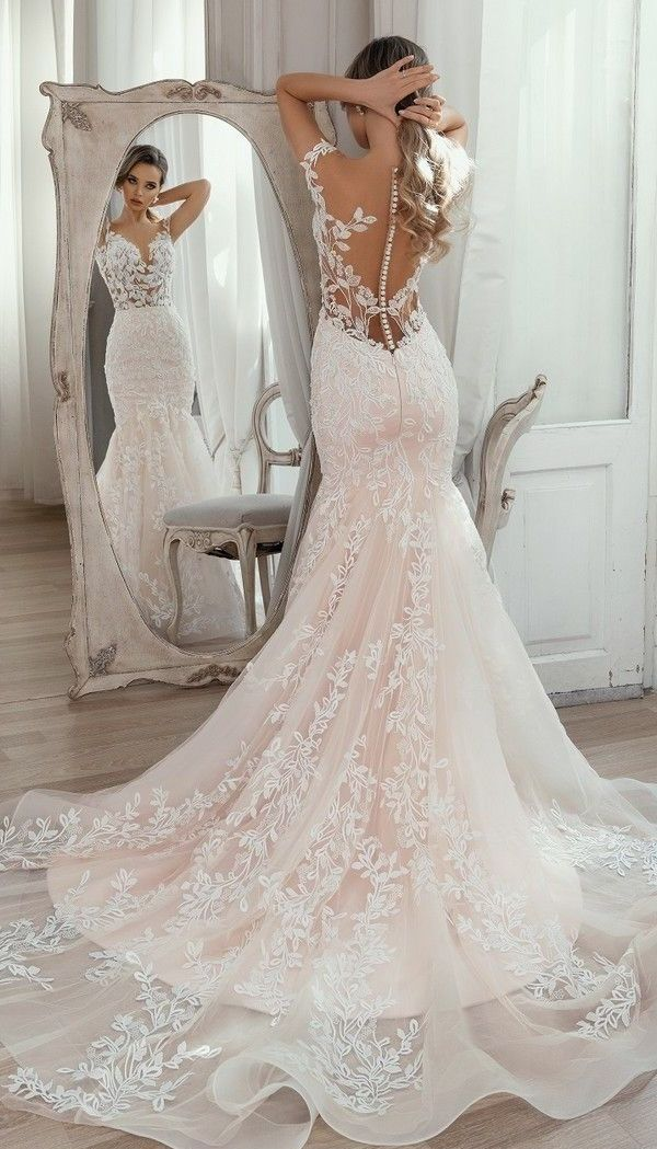 Wedding-Dresses-2212