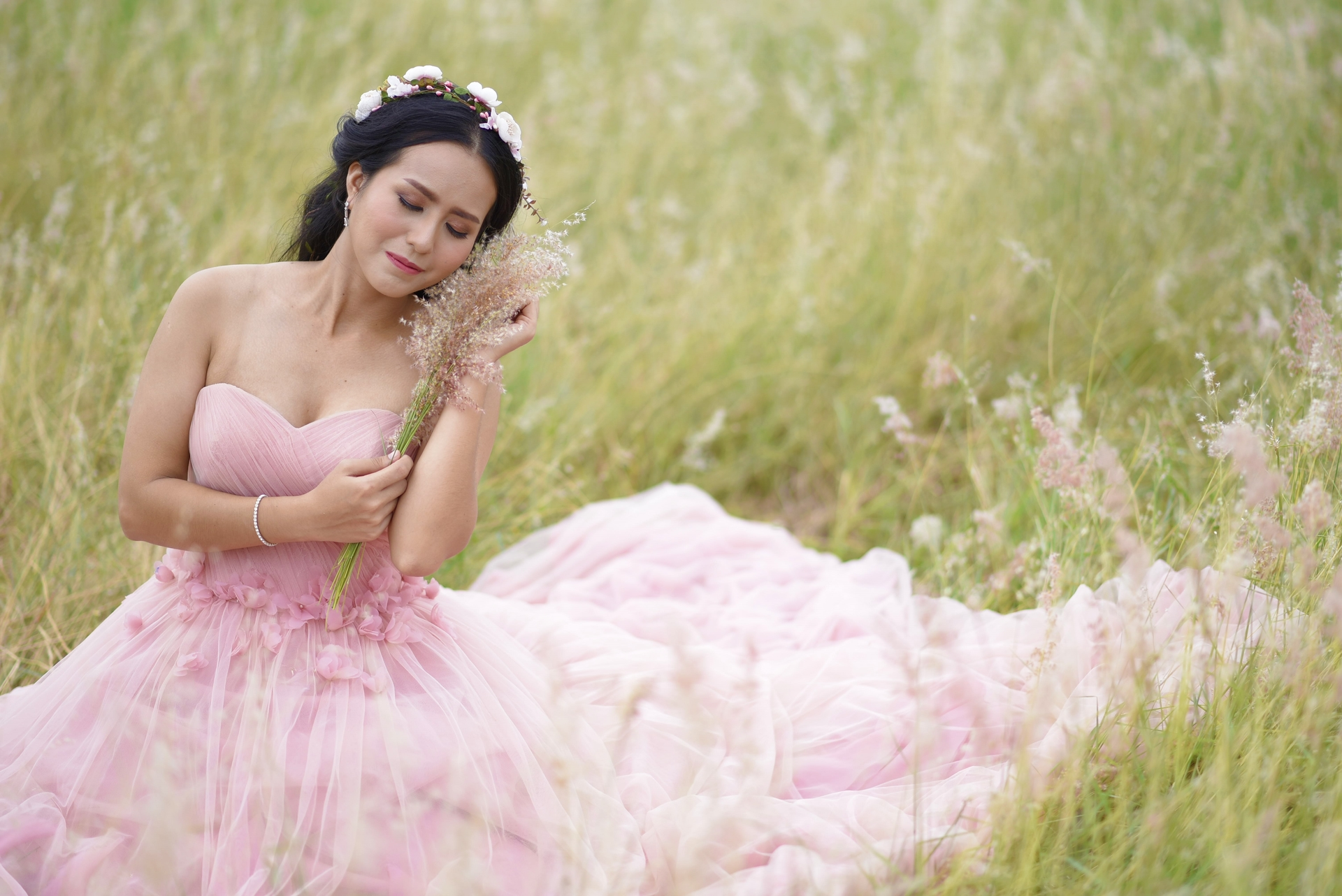 Wedding-Dresses-0011