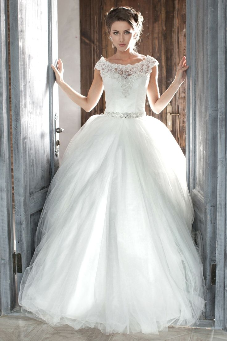Wedding-Dresses-1214