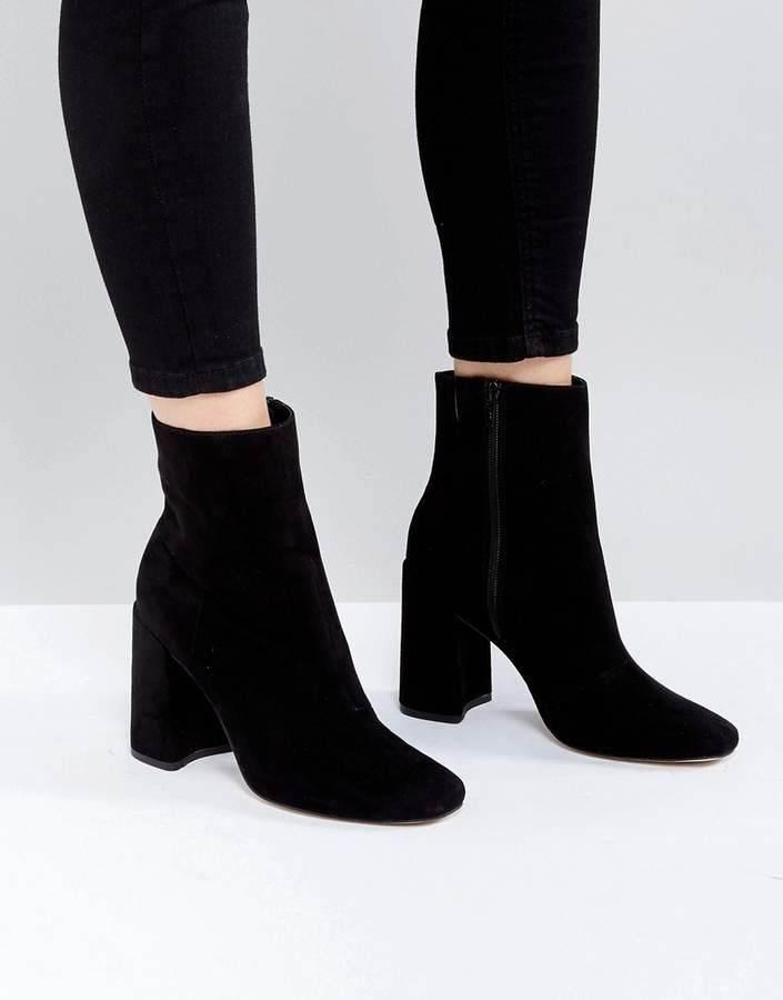 Boots-Shoes-1019