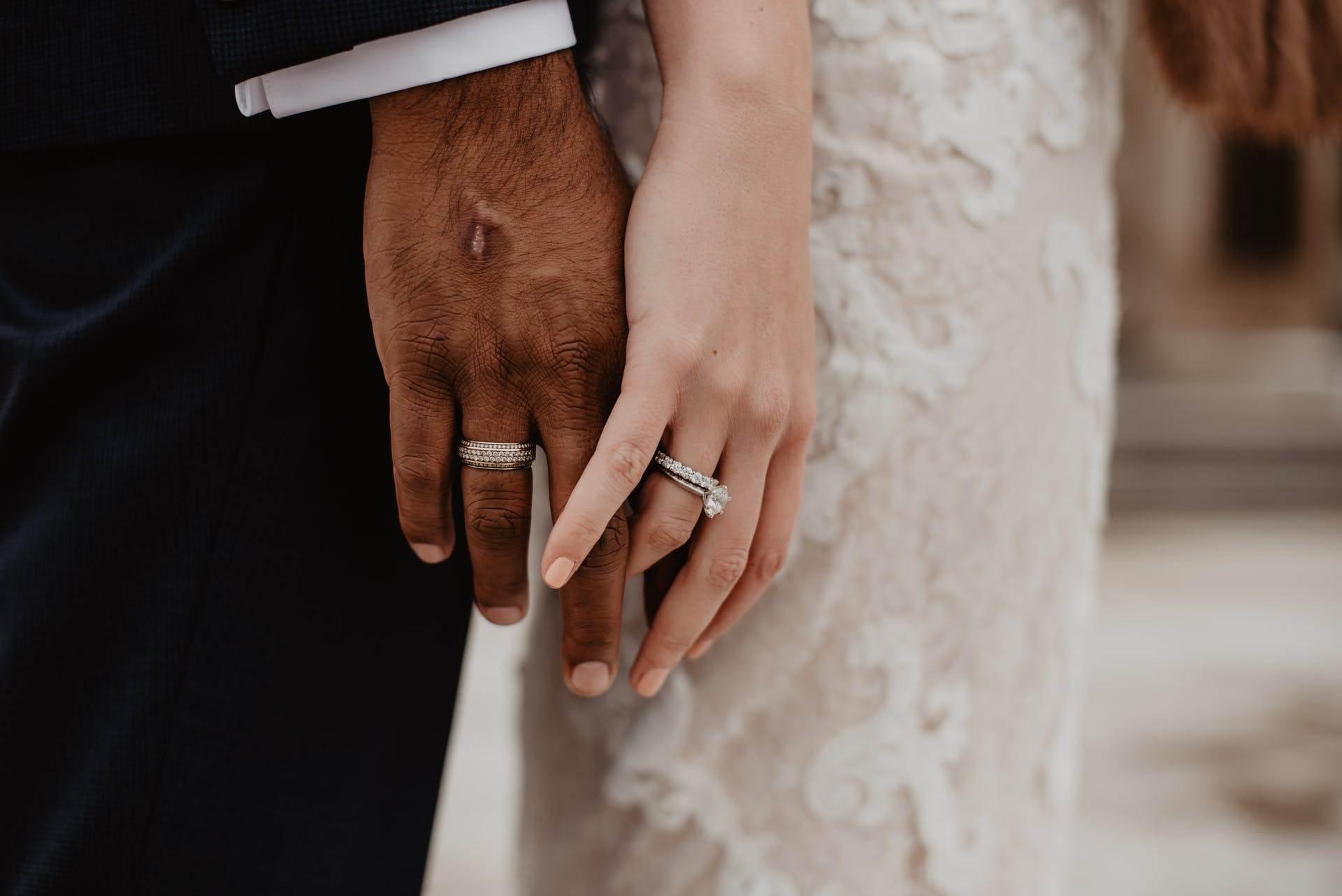 Wedding-Dresses-2156