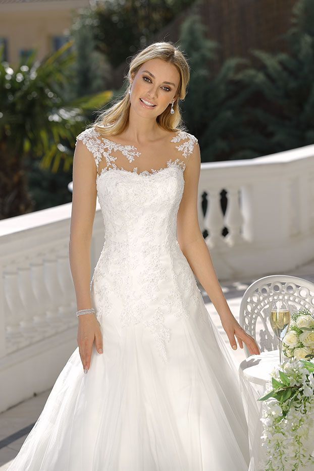 Wedding-Dresses-1361
