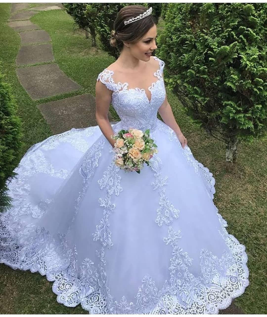 Wedding-Dresses-0408