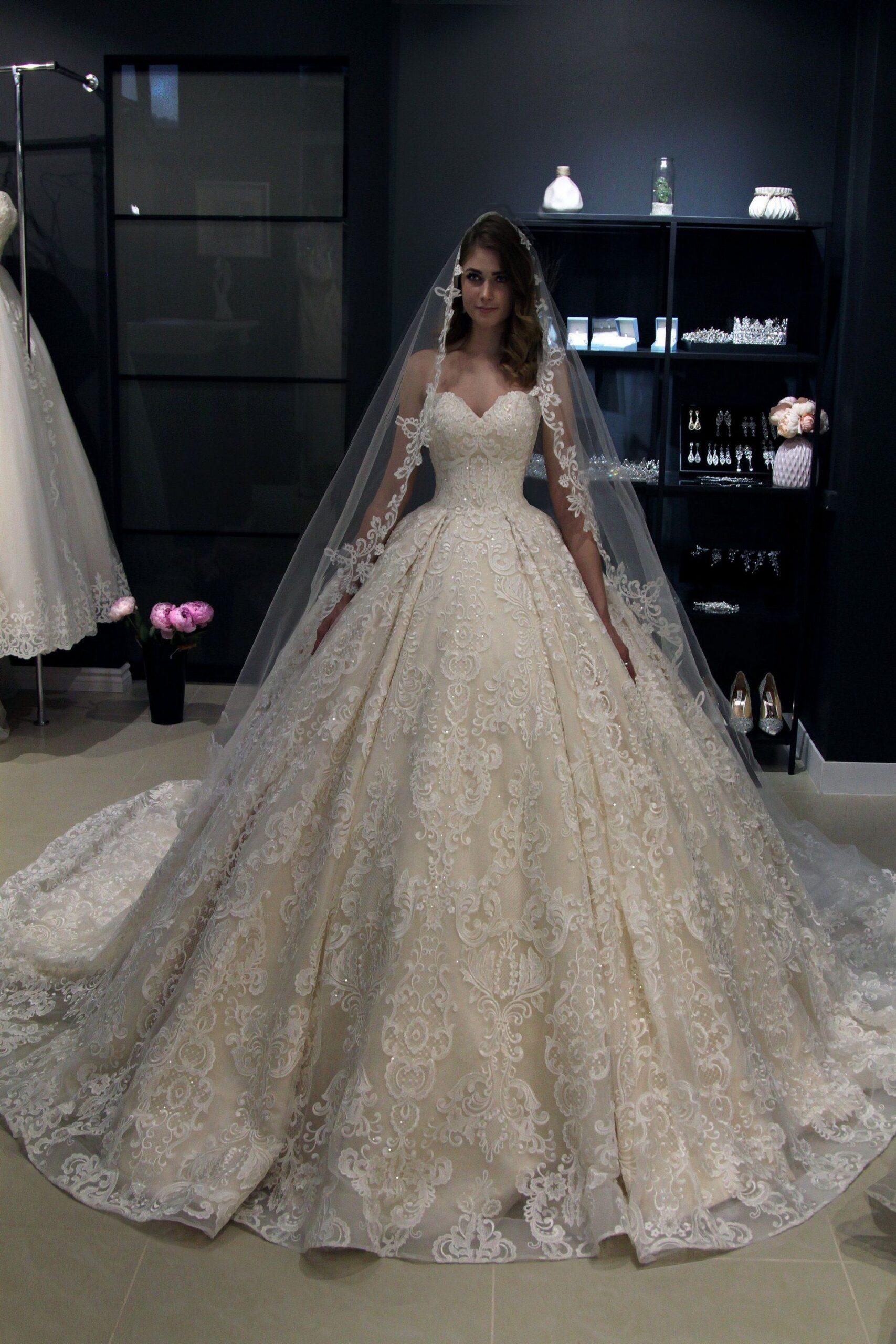 Wedding-Dresses-3667