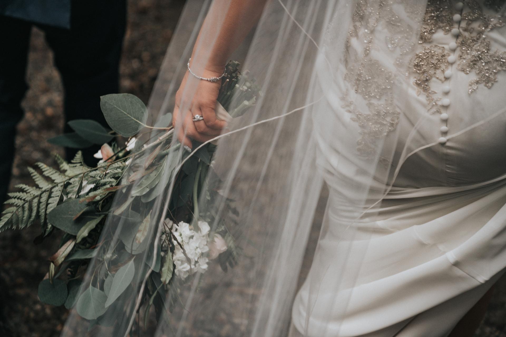 Wedding-Dresses-4449