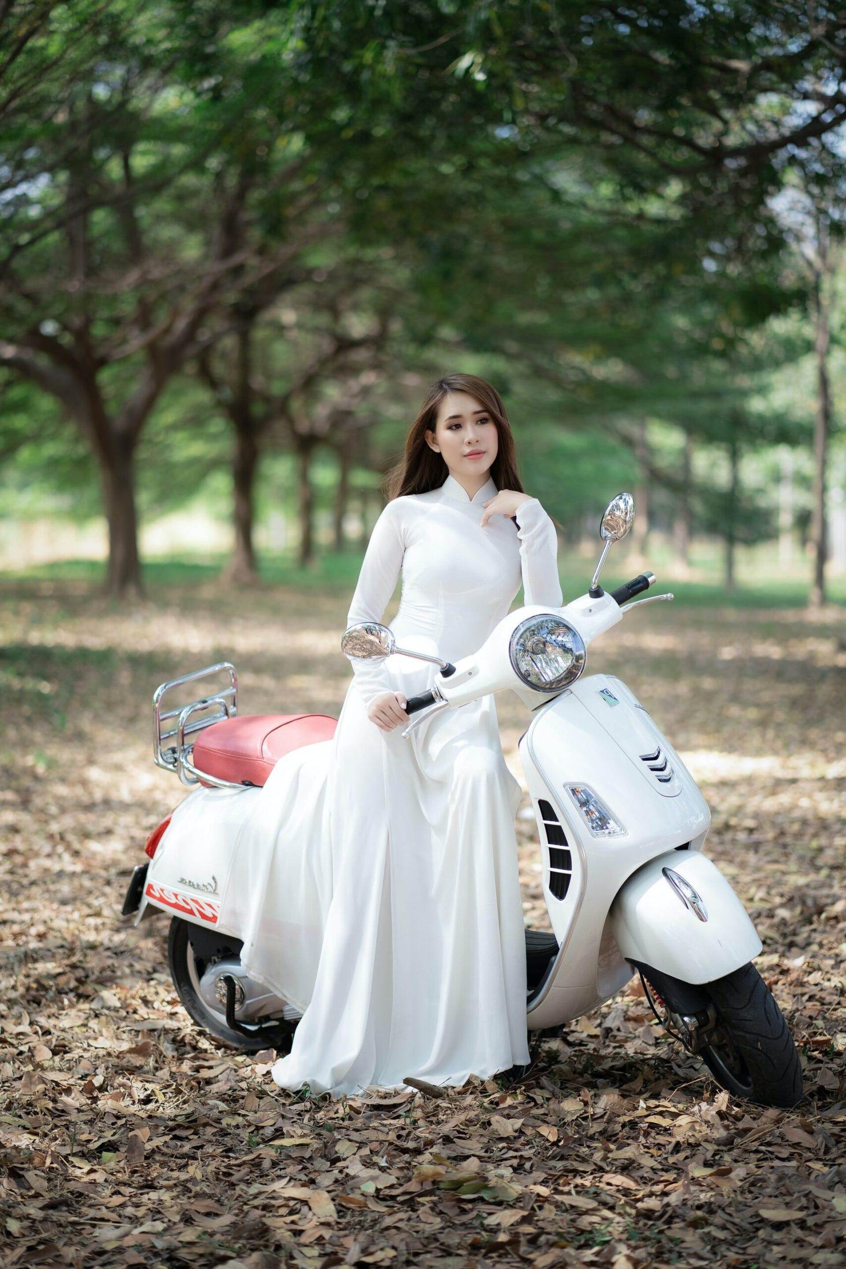 Wedding-Dresses-3553