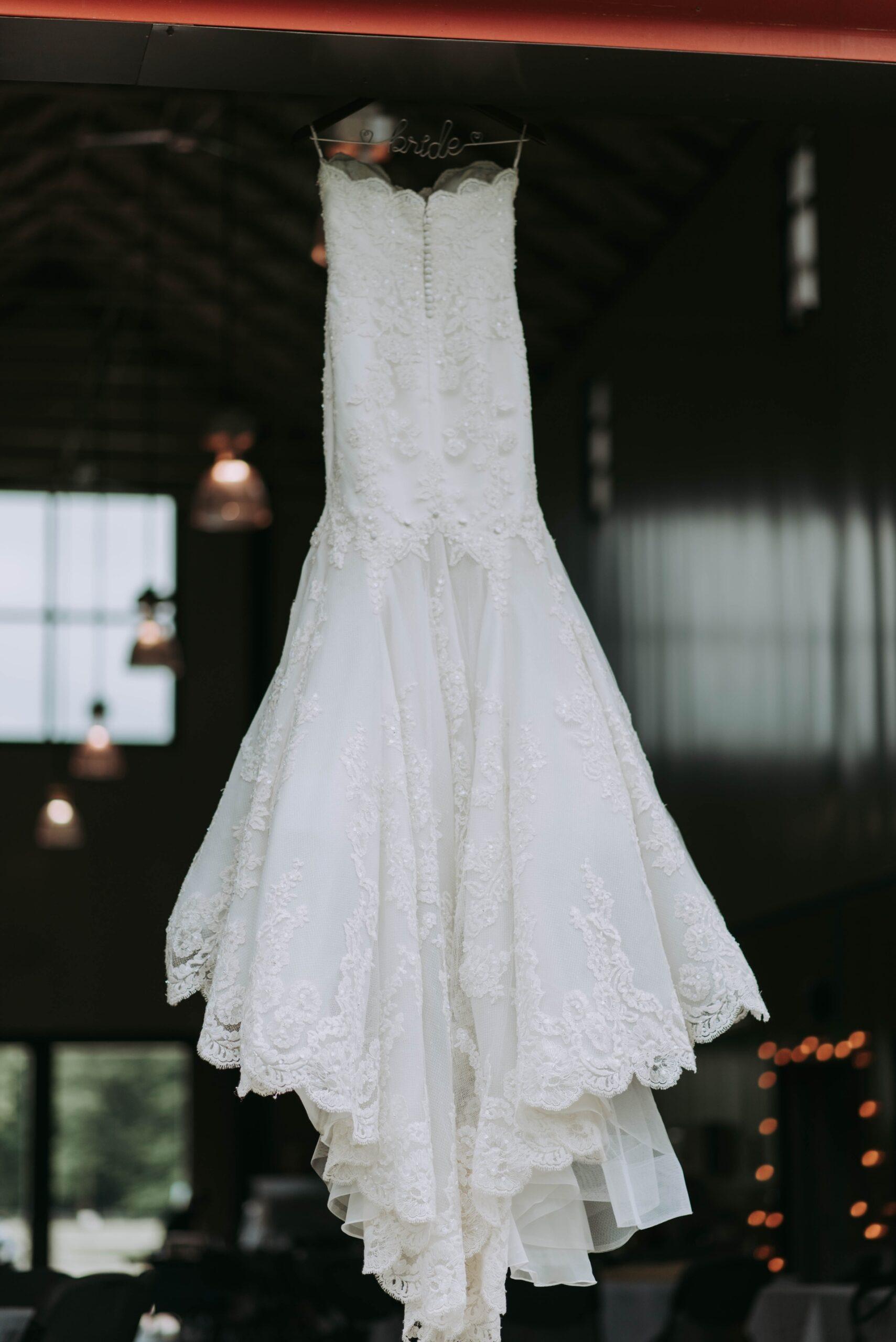 Wedding-Dresses-3784