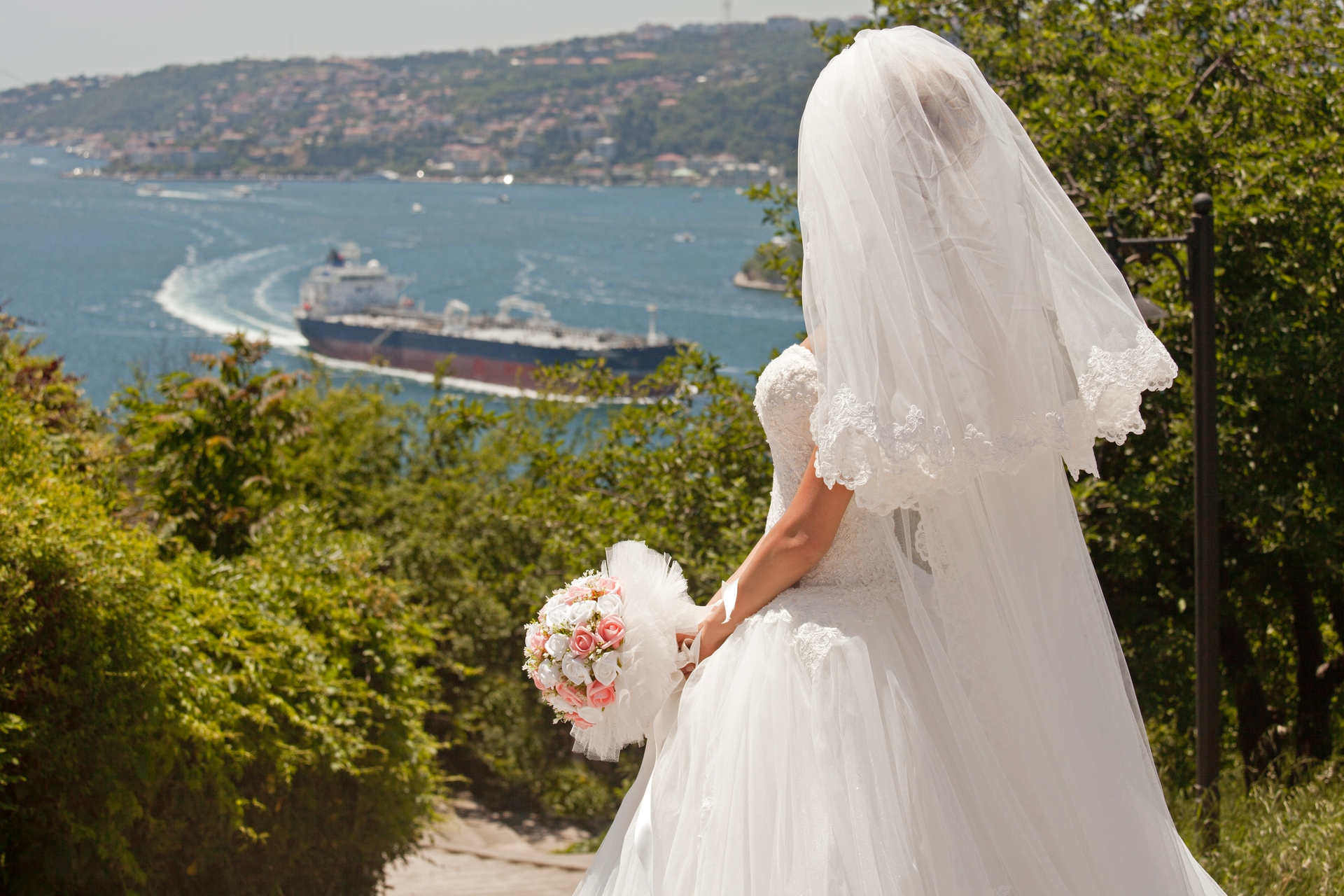 Wedding-Dresses-0073