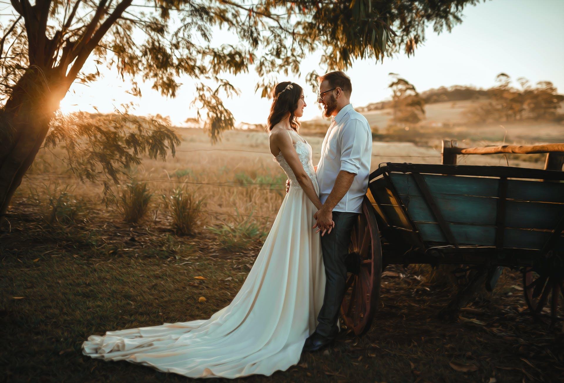 Wedding-Dresses-4096