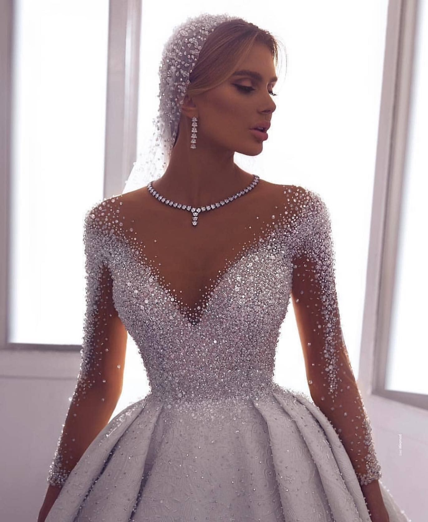 Wedding-Dresses-0223