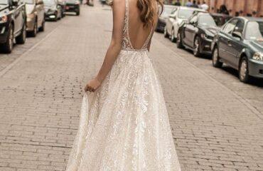 18 Lovely  Edgy Wedding Dresses