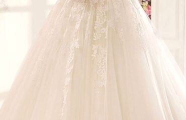12 Perfect Empire Waist Wedding Dress
