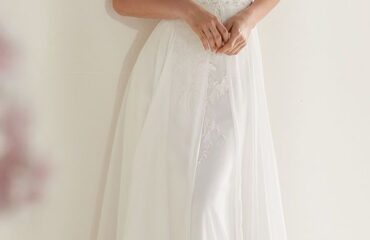 9 Perfect Essence Wedding Dresses