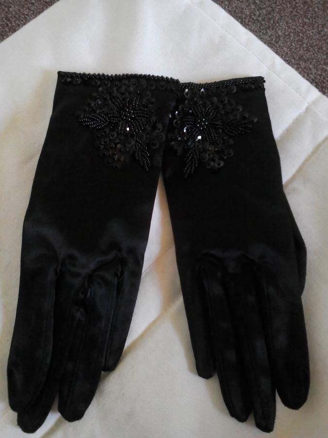 Evening-Gloves-1097