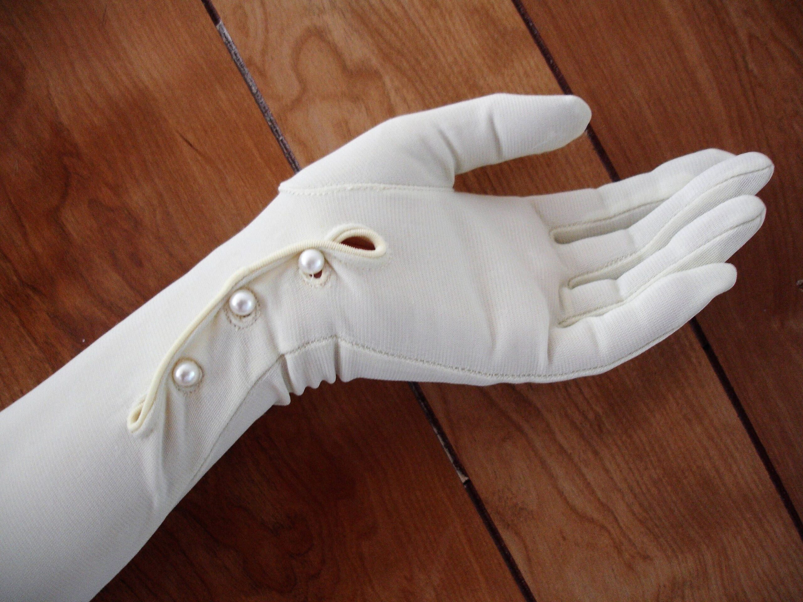 Evening-Gloves-1235