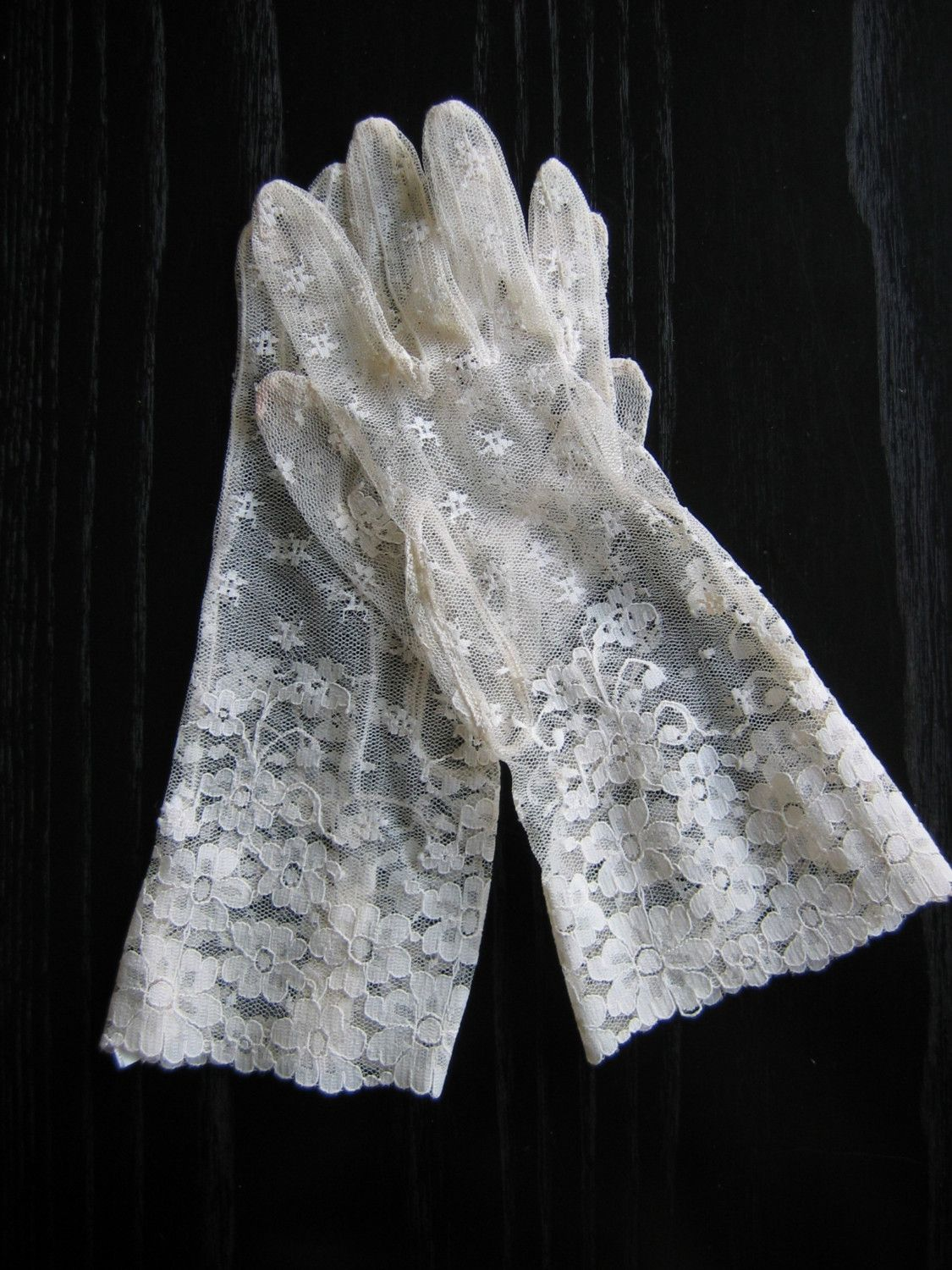Evening-Gloves-0084