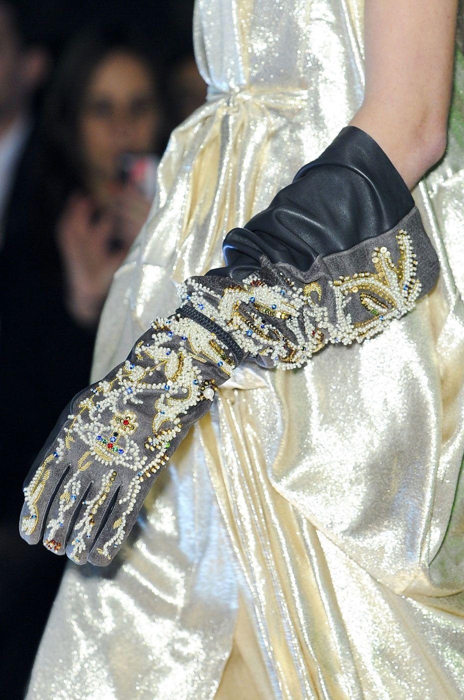 Evening-Gloves-0237