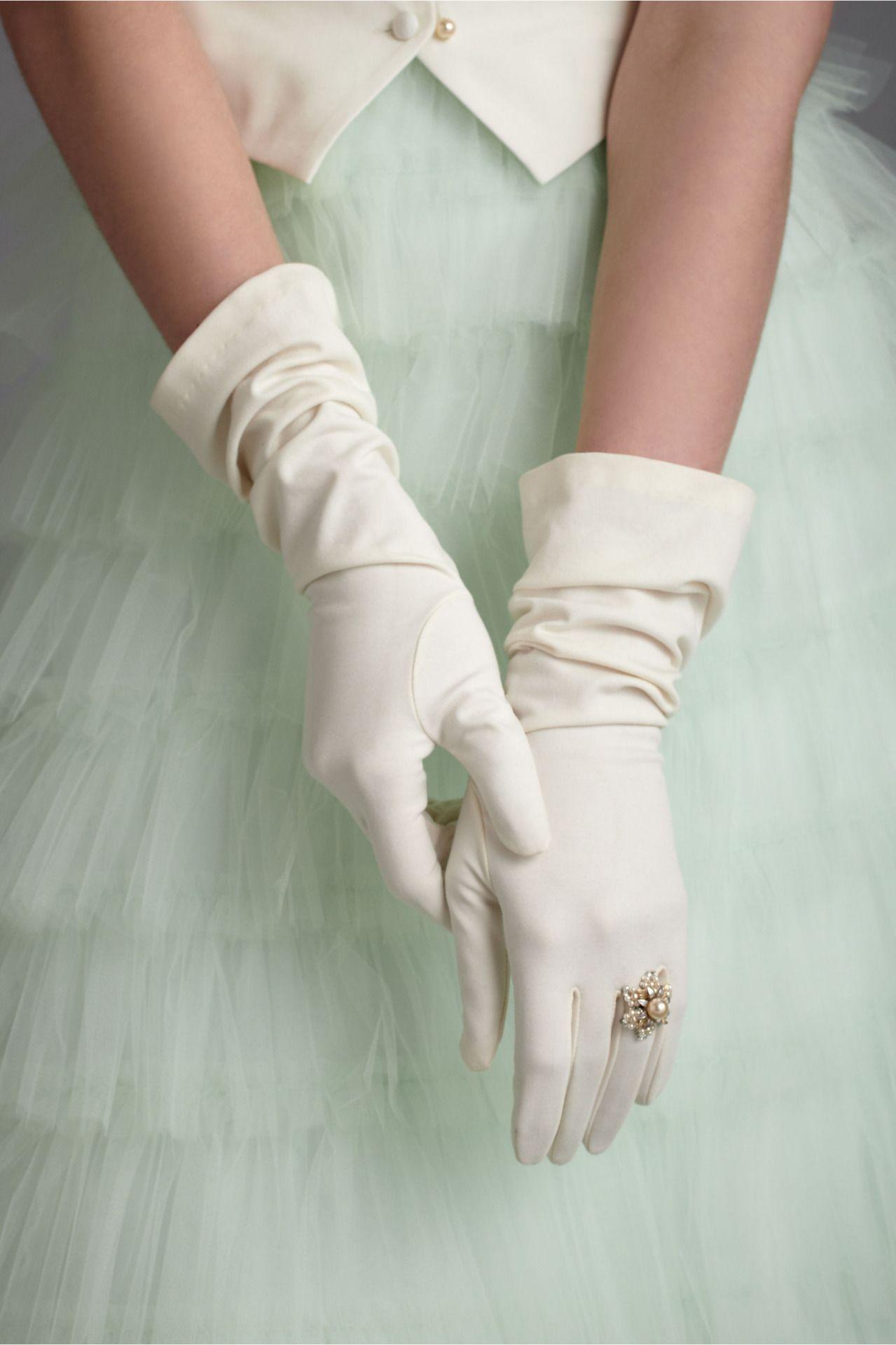 Evening-Gloves-0574