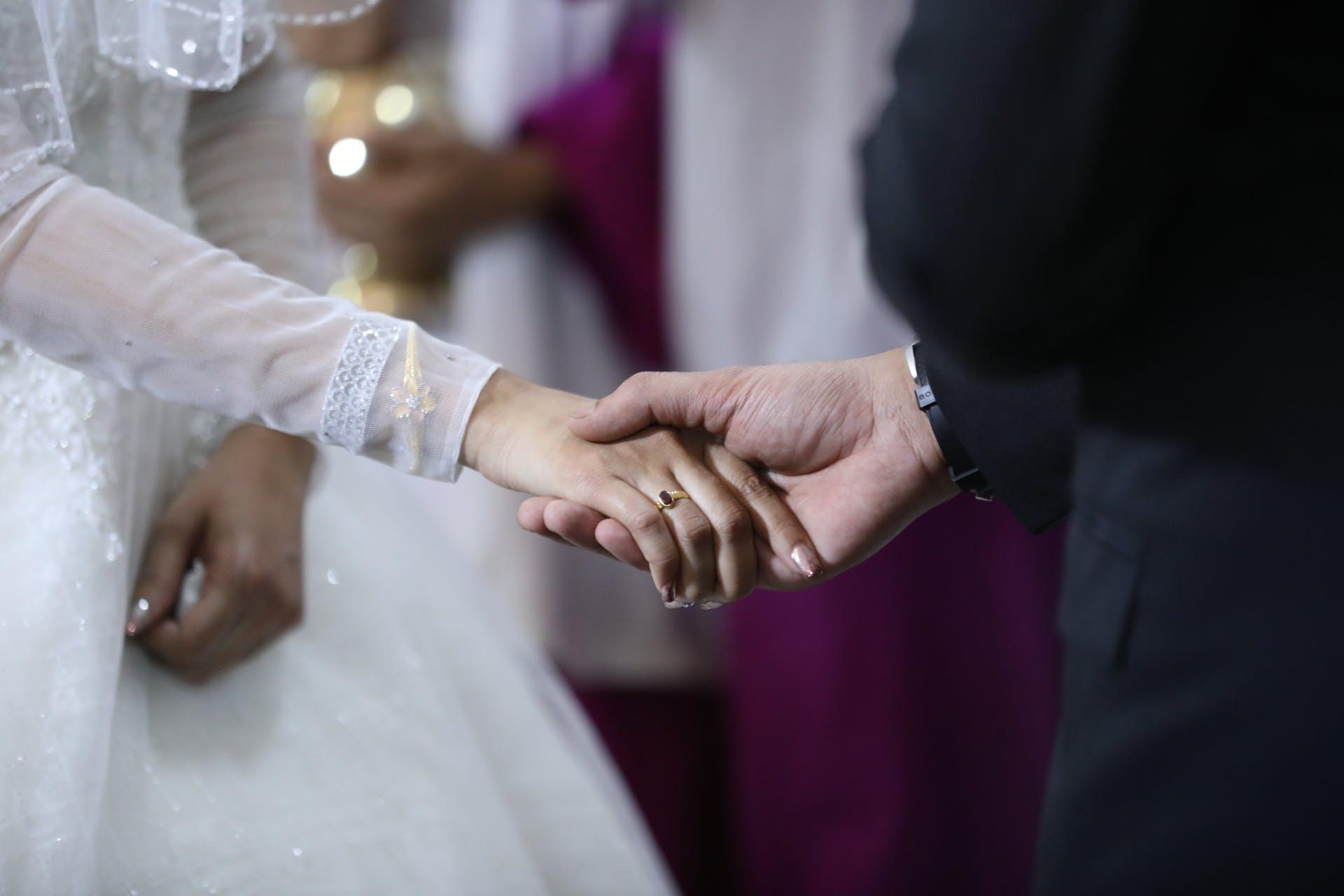 Wedding-Dresses-3891