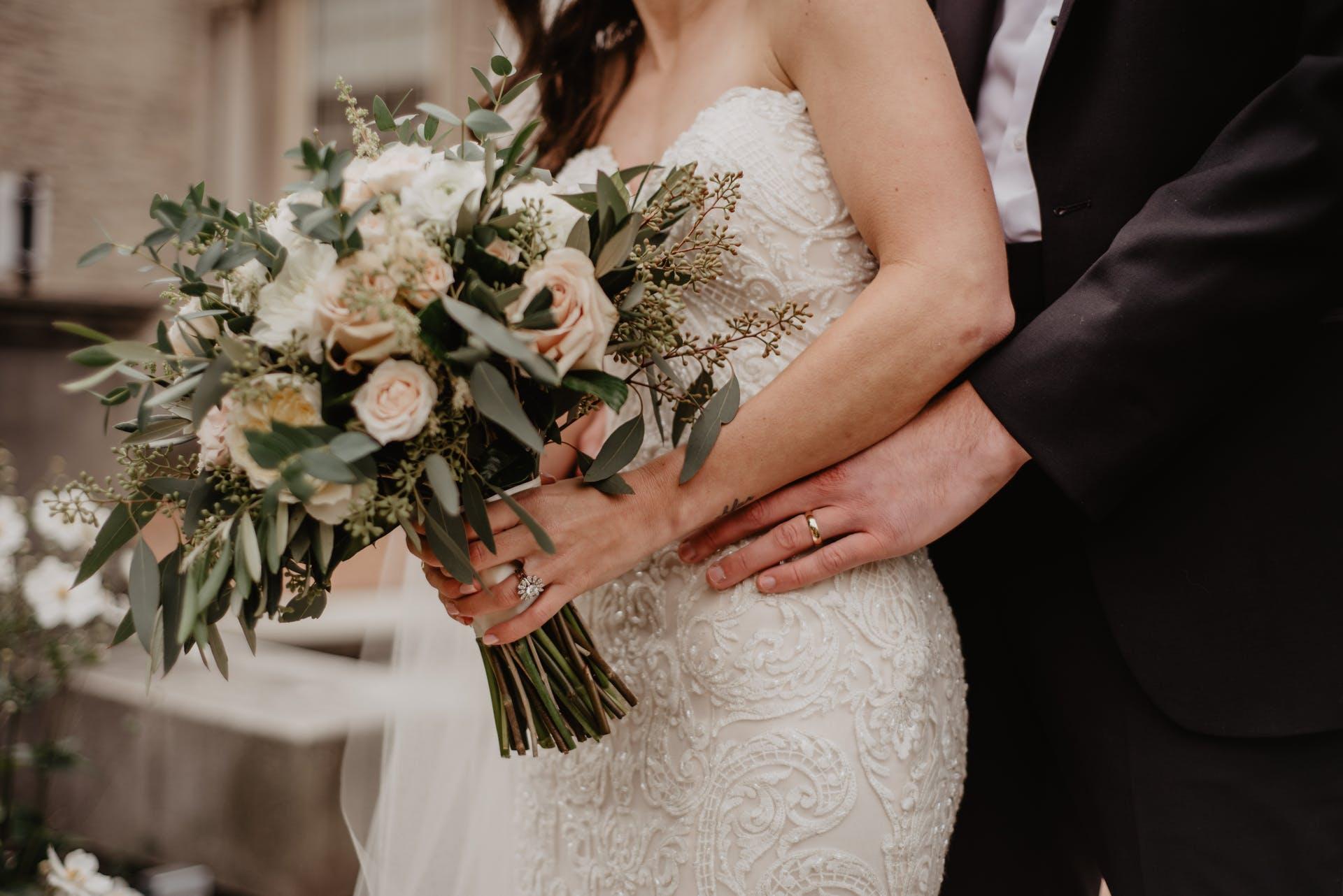 Wedding-Dresses-3981