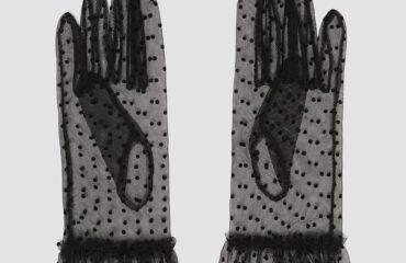 6 Perfectly Formal Gloves For Prom