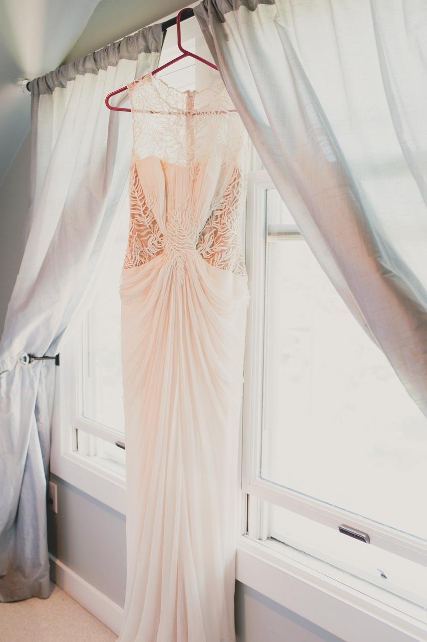 Wedding-Dresses-2579