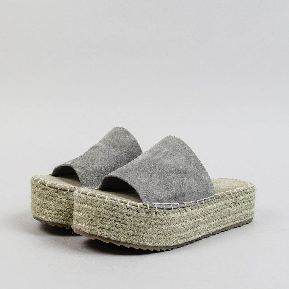 slippers-0546