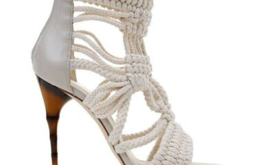 11 Cute Girls Heels
