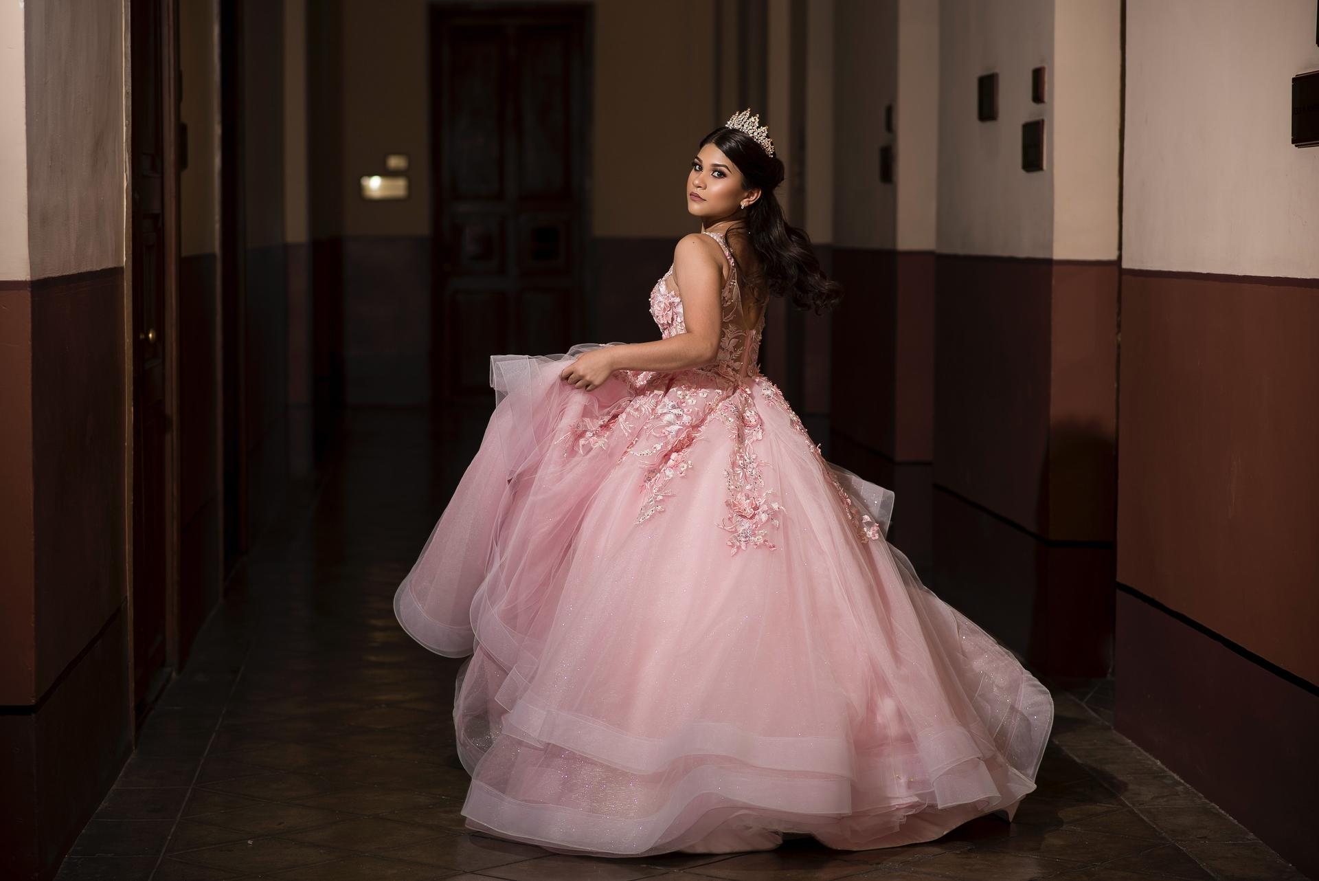 Wedding-Dresses-4374