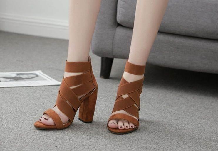 heeled-shoes-1002