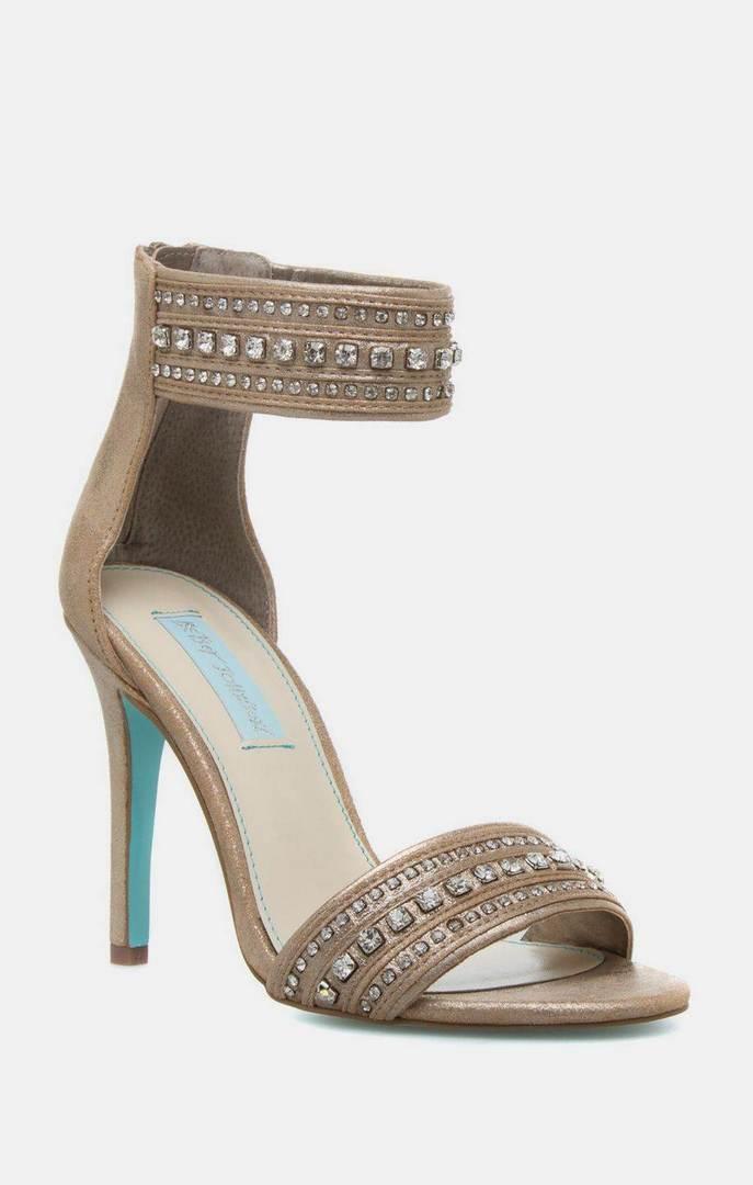 heeled-shoes-0572