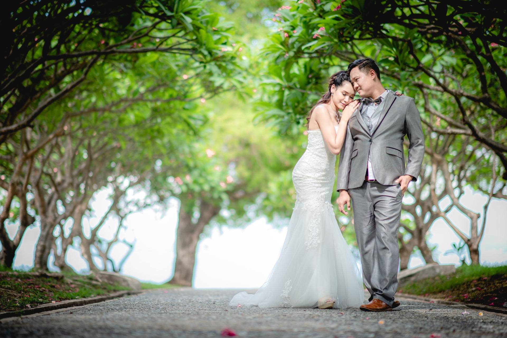 Wedding-Dresses-3759
