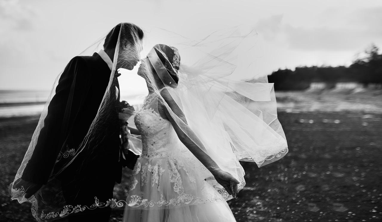 Wedding-Dresses-2555