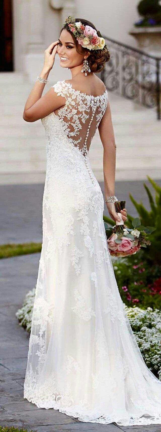 Wedding-Dresses-1041