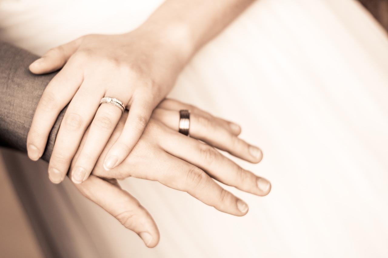Wedding-Dresses-3895