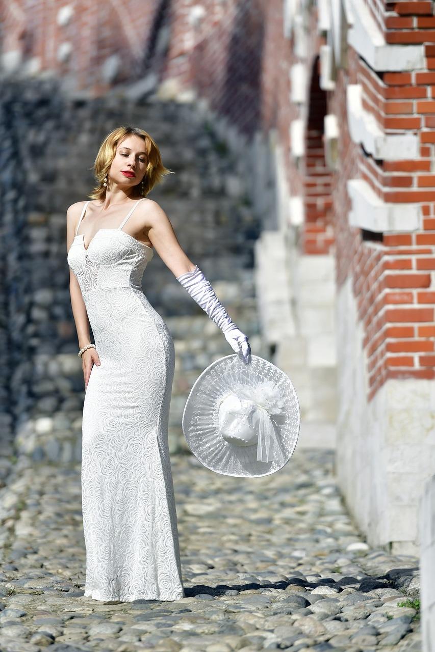 Wedding-Dresses-3080