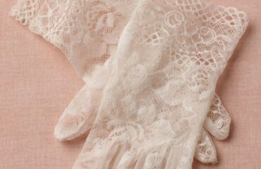 8 Creative Lace Evening Gloves