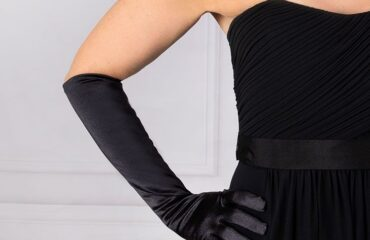 16 Most Beautiful Long Black Evening Gloves
