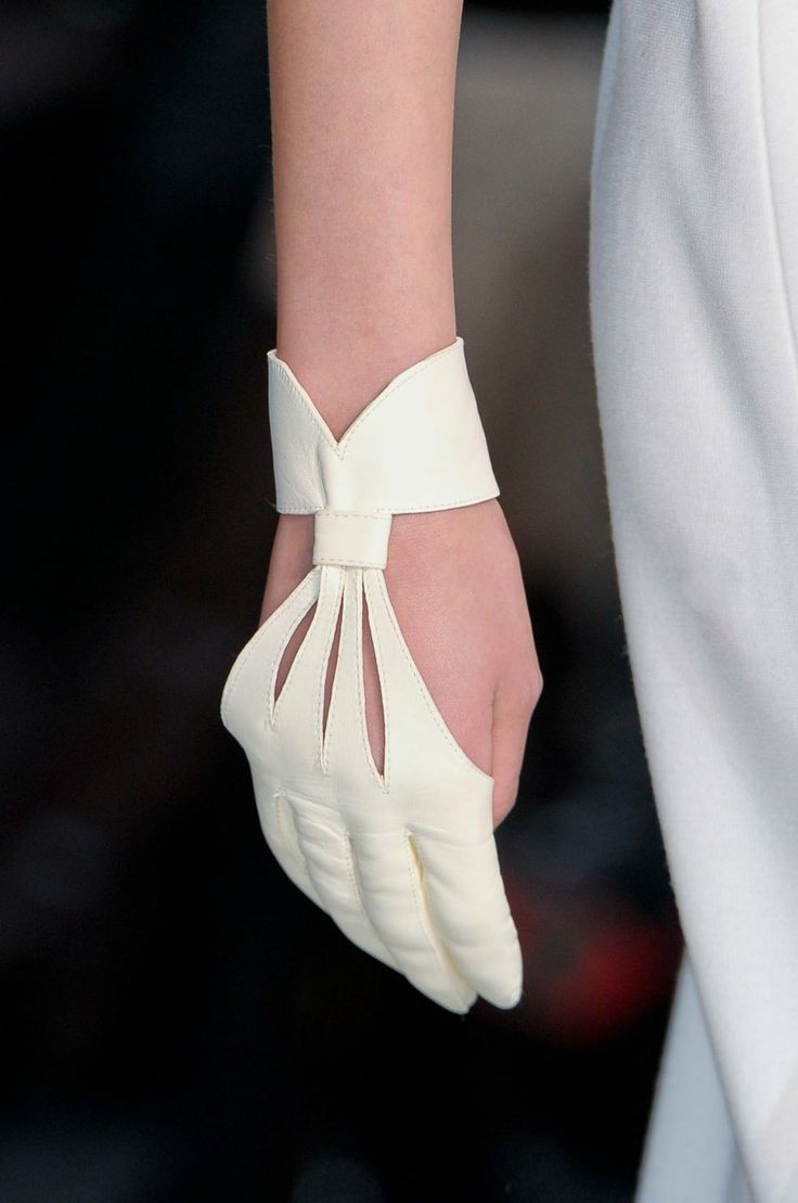 Evening-Gloves-1032