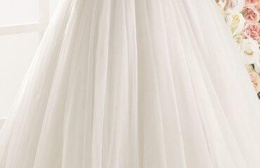 5 Stunning Modest Wedding Dresses