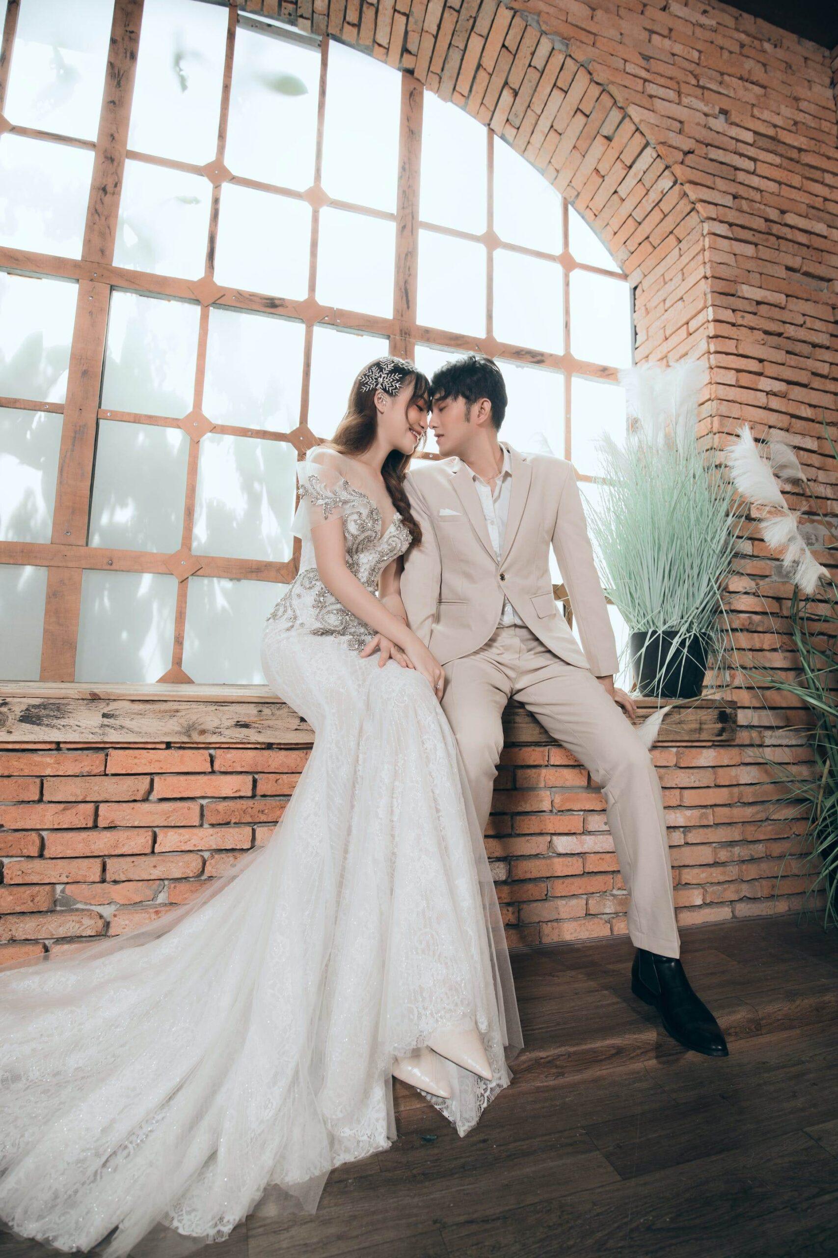 Wedding-Dresses-3554