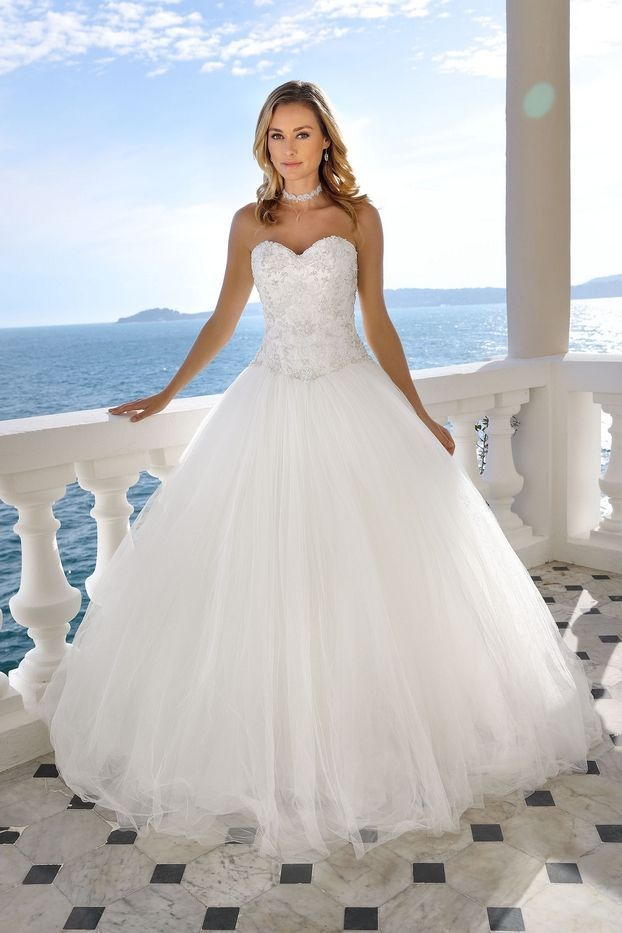 Wedding-Dresses-1312