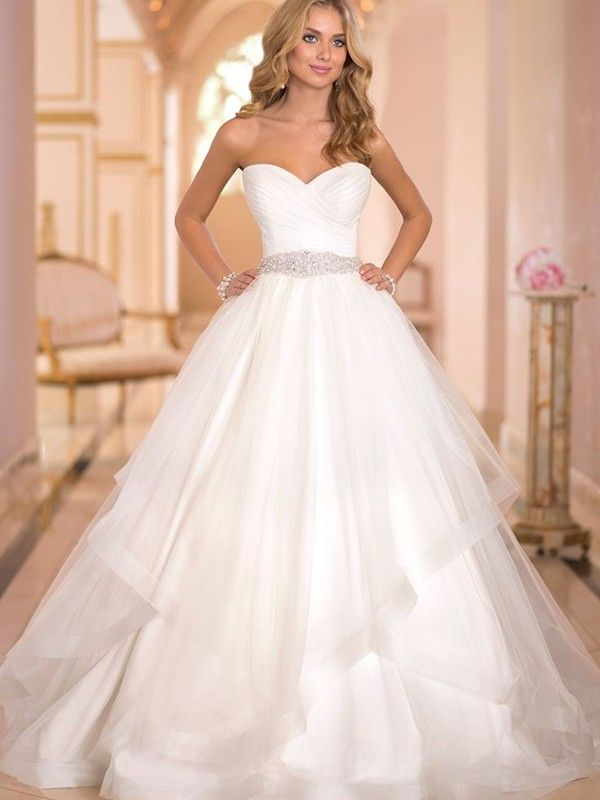 Wedding-Dresses-1076