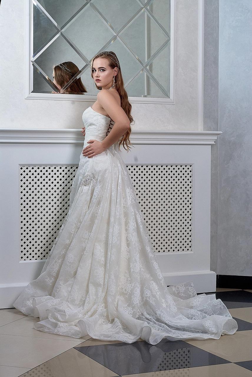 Wedding-Dresses-3387