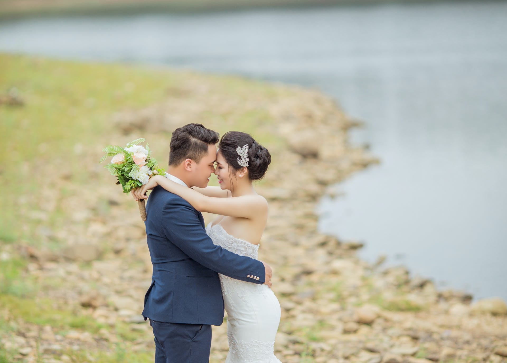 Wedding-Dresses-3911